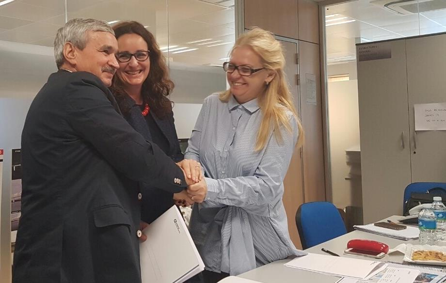 16 листопада 2016 року у м. Барселона (Іспанія) Академією публічно-приватного партнерства було підписано Меморандум про співробітництво з Олександрійською міською радою та Консультаційною компанією  Ardana Consultants